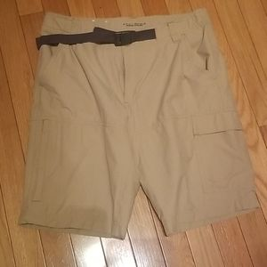Columbia Omni-Shield  Khaki shorts